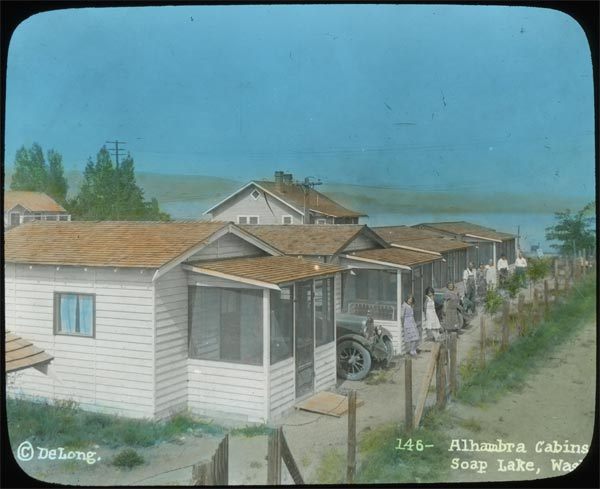 Alhambra Cabins – Soap Lake
